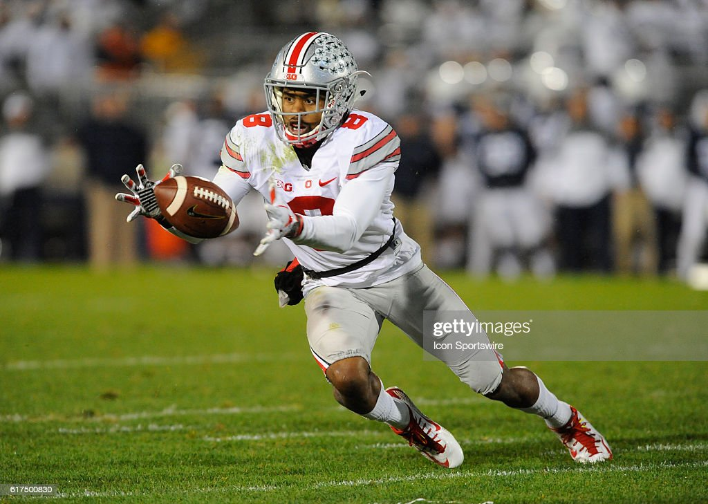 NCAA FOOTBALL: OCT 22 Ohio State at Penn State : News Photo