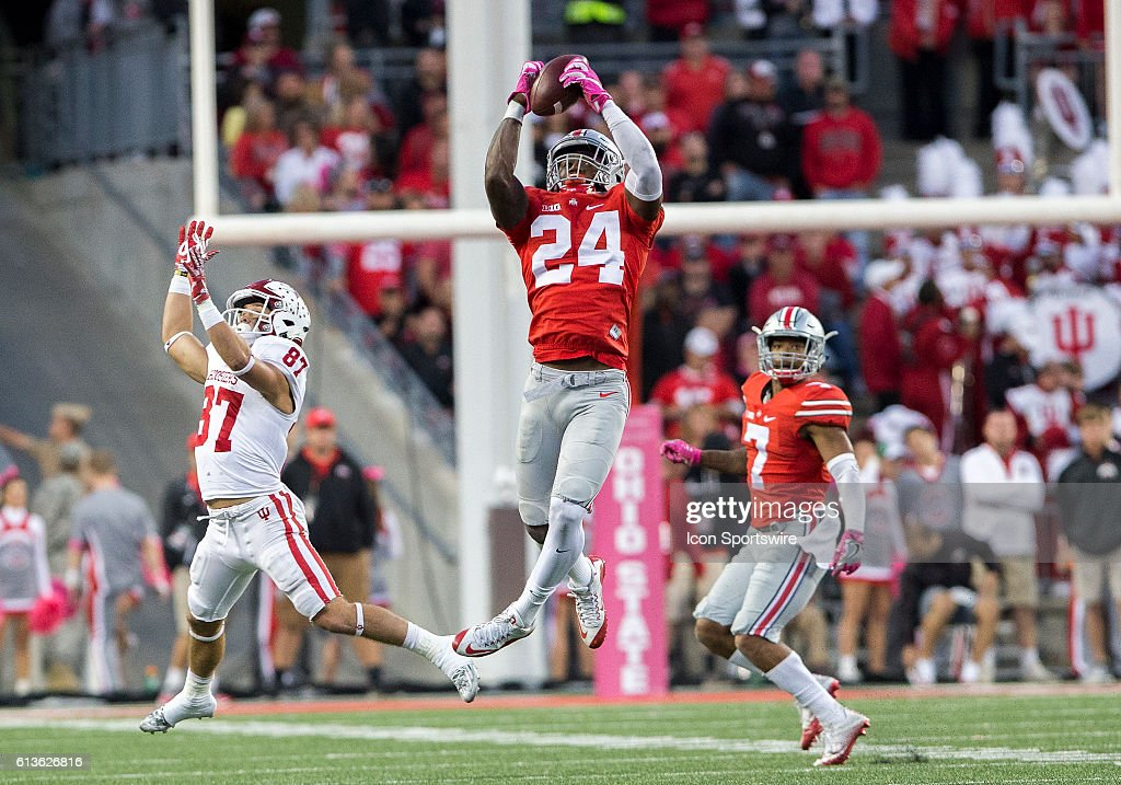 NCAA FOOTBALL: OCT 08 Indiana at Ohio State : News Photo
