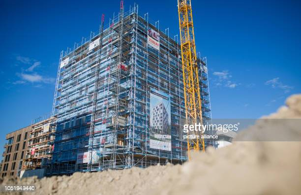 12 October 2018 BadenWuerttemberg Heilbronn Construction work being carried out on Germany's first wooden highrise The building is located on the...