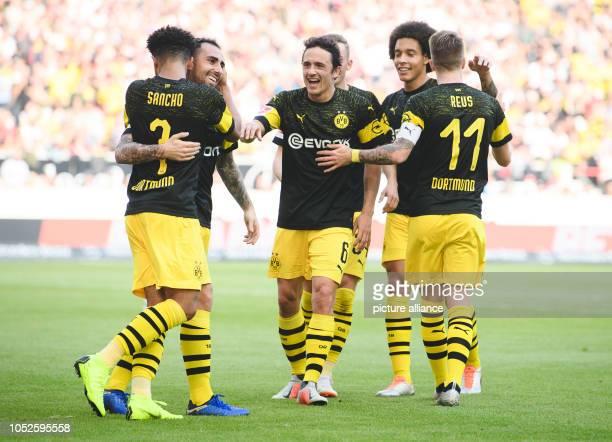 October 2018, Baden-Wuerttemberg, Stuttgart: 20 October 2018, Germany, Stutgart: Soccer: Bundesliga, Matchday 8: VfB Stuttgart - Borussia Dortmund in...