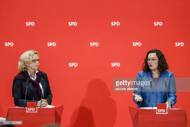 October 2018, Berlin: Andrea Nahles, Federal Chairman of the SPD, and Natascha Kohnen , SPD top candidate for the Bavarian state elections, give a...