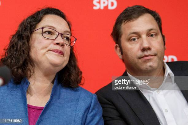 October 2018, Berlin: Andrea Nahles , SPD Chairwoman, and Lars Klingbeil, SPD Secretary General, at the beginning of the meeting of the party...