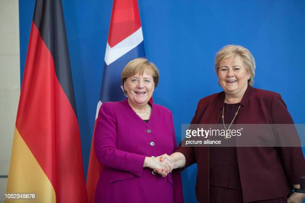 Federal Chancellor Angela Merkel welcomes Erna Solberg Prime Minister of Norway to the Chancellery Solberg will then give a speech at the Körber...