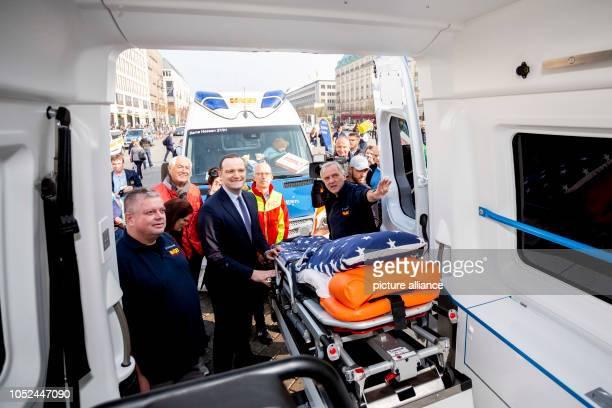 October 2018, Berlin: Jens Spahn , Federal Minister of Health, visits a wagen at the meeting of 15 wagen of the Arbeiter-Samariter-Bund Deutschland...