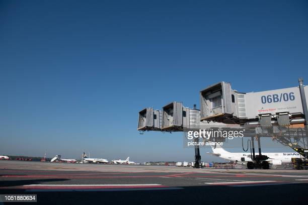 Three passenger boarding bridges can be seen at Hamburg Airport at a new handling position for the Airbus A380 In addition to the existing double...