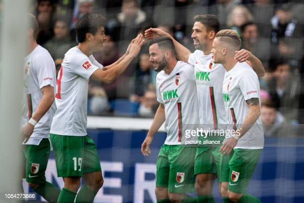 October 2018, Lower Saxony, Hanover: 27 October 2018, Germany, Hanover: Soccer: Bundesliga, 9th matchday, Hannover 96 - FC Augsburg in the HDI-Arena....