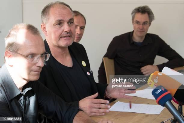 05 October 2018 North RhineWestphalia Cologne Dirk Jansen Uwe Hiksch Martin Kaiser and Christoph Bautz answer journalists' questions Despite a ban...