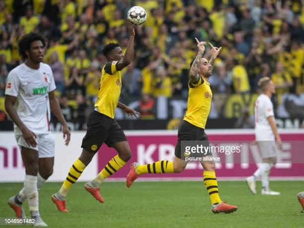06 October 2018 North RhineWestphalia Cologne Soccer Bundesliga Borussia Dortmund FC Augsburg 7th matchday at Signal Iduna Park Dortmund's Paco...