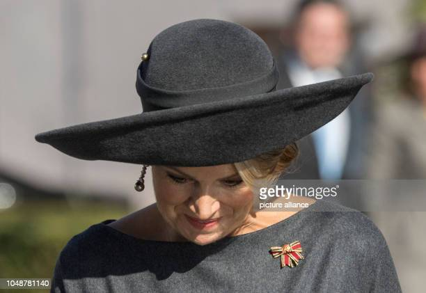 10 October 2018 RhinelandPalatinate Mainz Queen Maxima of the Netherlands arrives before the State Chancellery The royal couple are in Germany for a...