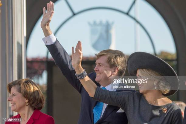 10 October 2018 RhinelandPalatinate Mainz WillemAlexander King of the Netherlands Queen Maxima and Malu Dreyer Prime Minister of RhinelandPalatinate...