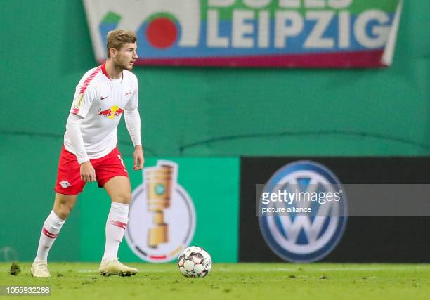 Soccer DFB Cup 2nd round RB Leipzig 1899 Hoffenheim in the Red Bull Arena Leipzig Leipzig's Timo Werner on the ball Photo Jan...