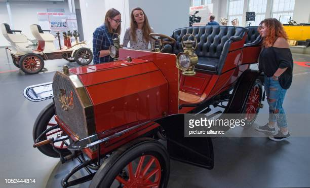 A Horch 'Model 2' with 12 HP can be seen during a preview at the August Horch Museum in Zwickau The automobile museum has a special exhibition...