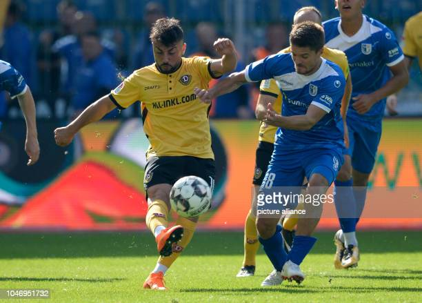 06 October 2018 SaxonyAnhalt Magdeburg Soccer 2nd Bundesliga 1st FC Magdeburg Dynamo Dresden 9th matchday in MDCCArena Aias Aosman of Dresden is...
