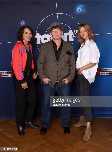 October 2019, Hamburg: Ulrike Folkerts , as Tatort actress Lena Odenthal, Ben Becker, as Tatort actor Stefan Tries, and Lisa Bitter, as Tatort...