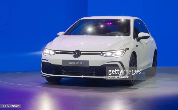 October 2019, Lower Saxony, Wolfsburg: The new Volkswagen Golf 8 will be on stage at the world premiere. Photo: Julian Stratenschulte/dpa