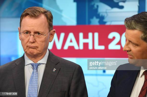 October 2019, Thuringia, Erfurt: Bodo Ramelow , Prime Minister of Thuringia and top candidate of the party for the state elections, is standing next...