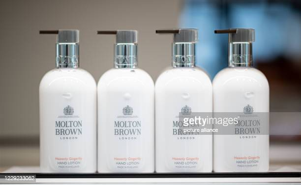 October 2020, Hamburg: Products of the Molton Brown brand, recorded at a Douglas store on Jungfernstieg. Photo: Daniel Reinhardt/dpa