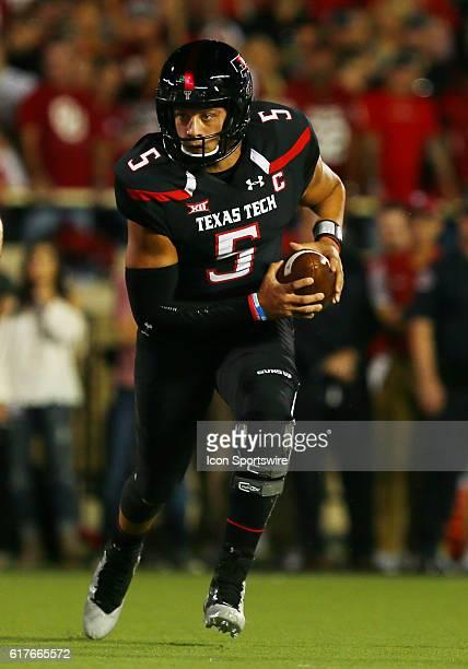 Texas Tech University quarterback Patrick Mahomes II carries the ball during the Texas Tech University Red Raider's 66-59 loss to the Oklahoma...