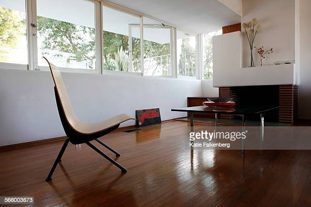 October 28 2011 – The living room of Kali Nikitas and Richard Shelton's 1940 Schindler house The couple bought the home and began their own...