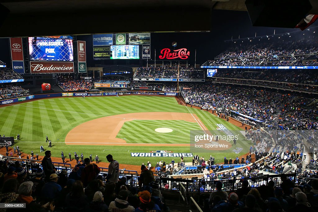 Fans fill Citi Field for Game 4 of the 2015 World Series