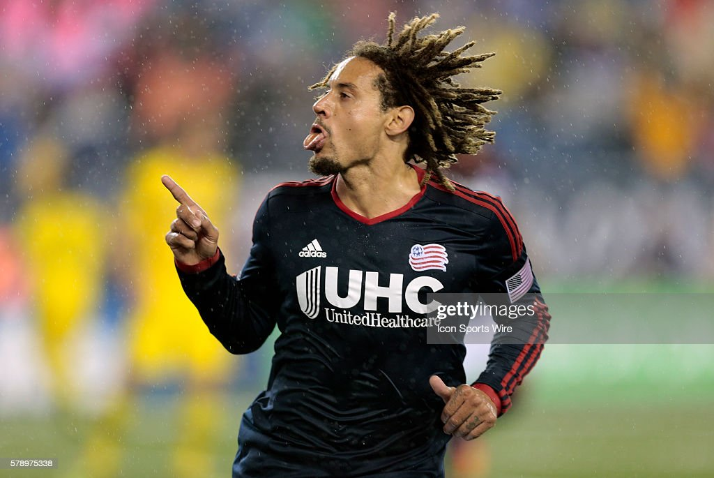 SOCCER: OCT 04 MLS - Crew at Revolution : News Photo