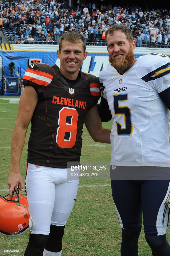 October 4, 2015 - Cleveland Browns Punter Andy Lee [7052] and San ...