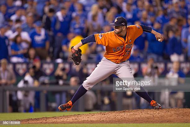 Houston Astros relief pitcher Oliver Perez during the MLB Playoff ALDS game 1 between the Houston Astros and the Kansas City Royals at Kauffman...