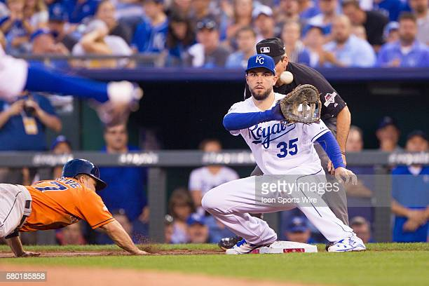 Kansas City Royals first baseman Eric Hosmer during the MLB Playoff ALDS game 1 between the Houston Astros and the Kansas City Royals at Kauffman...