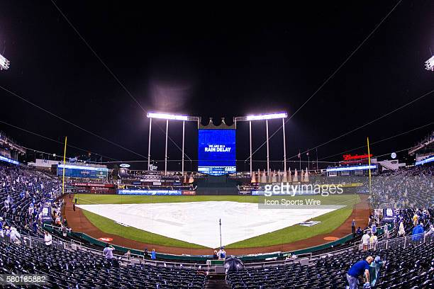 Kansas City Royals rain delay during the MLB Playoff ALDS game 1 between the Houston Astros and the Kansas City Royals at Kauffman Stadium in Kansas...