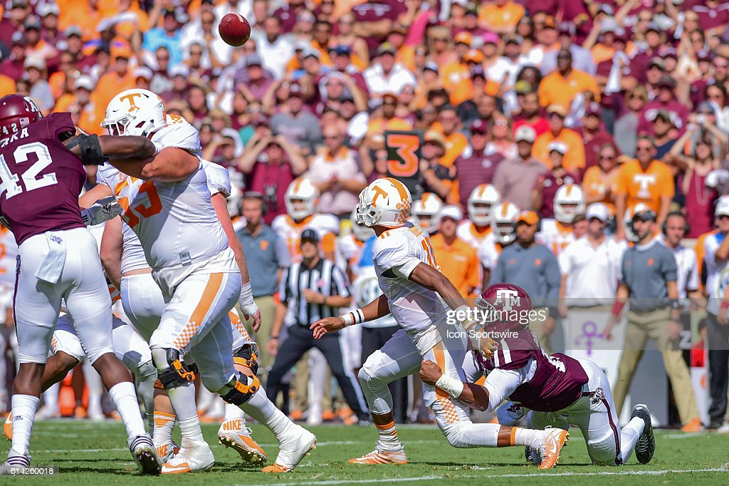 NCAA FOOTBALL: OCT 08 Tennessee at Texas A&M : ニュース写真