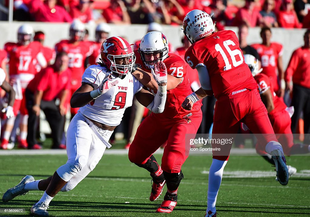 NCAA FOOTBALL: OCT 08 Youngstown State at Illinois State : News Photo