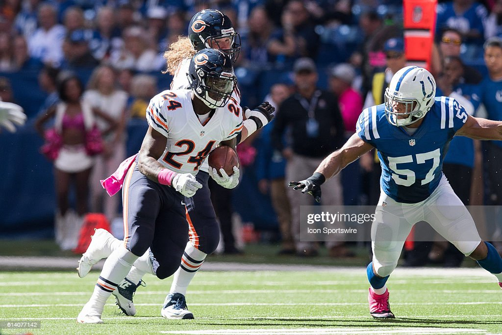 NFL: OCT 09 Bears at Colts : News Photo