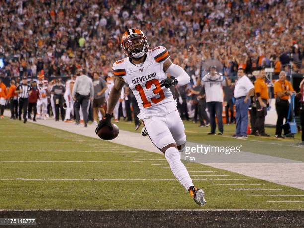 Odell Beckham Jr. #13 of the Cleveland Browns scores a touchdown in the third quarter against the New York Jets at MetLife Stadium on September 16,...