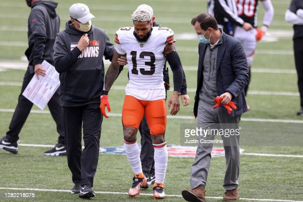 Odell Beckham Jr. #13 of the Cleveland Browns walks off the field in the game against the Cincinnati Bengals at Paul Brown Stadium on October 25,...