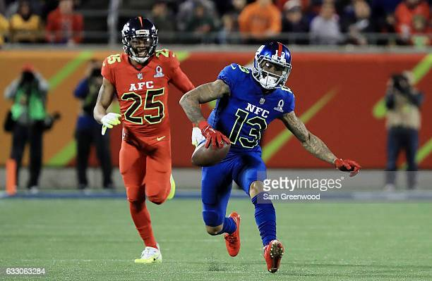 Odell Beckham Jr of the NFC carries the ball against the AFC during the NFL Pro Bowl at the Orlando Citrus Bowl on January 29 2017 in Orlando Florida