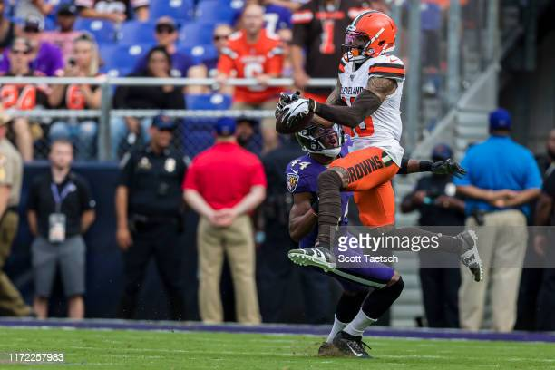Odell Beckham of the Cleveland Browns catches a pass against Marlon Humphrey of the Baltimore Ravens during the second half at M&T Bank Stadium on...