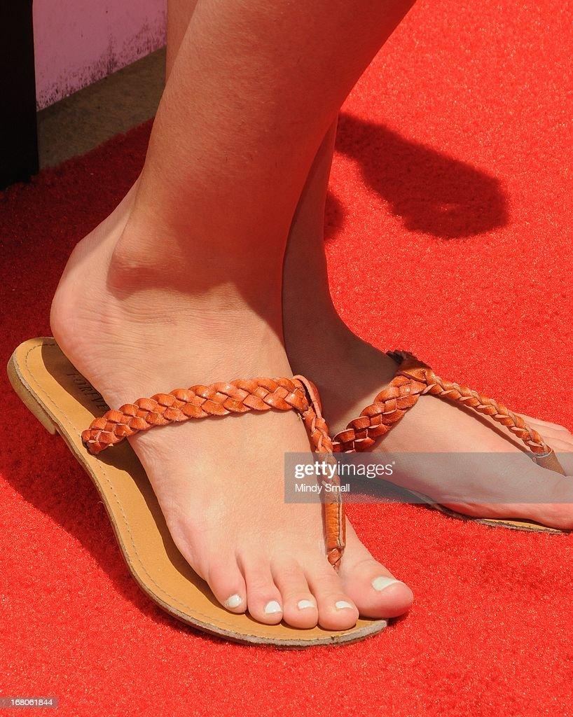 odette annable feet