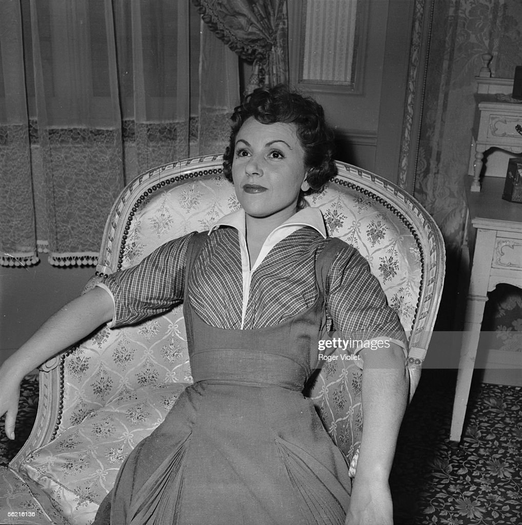 Odette Laure (1917-2004) during the shooting of M : News Photo