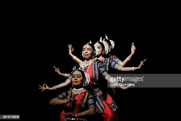 odissi - classical stock pictures, royalty-free photos & images