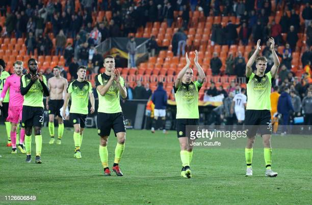 Odsonne Edouard Jozo Simunovic Scott Brown Kristoffer Ajer of Celtic salute the fans following the UEFA Europa League Round of 32 Second Leg match...
