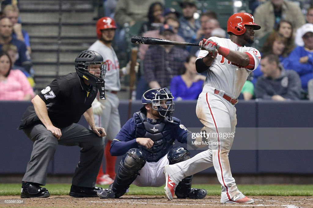 Odubel Herrrera #37 of the Philadelphia Phillies hits a single in the fourth inning against the Milwaukee Brewers at Miller Park on April 23, 2016 in Milwaukee, Wisconsin.