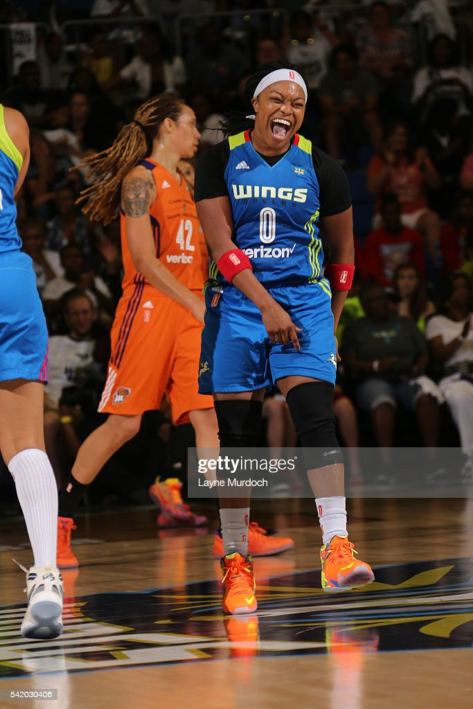 Phoenix Mercury v Dallas Wings