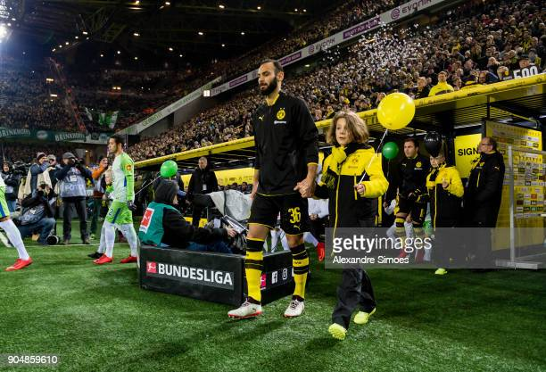 Oemer Toprak of Borussia Dortmund on his way to the field prior to the Bundesliga match between Borussia Dortmund and VfL Wolfsburg at the Signal...