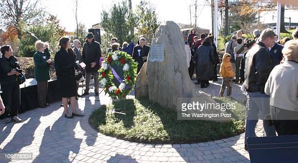 Of 6 fx/memorial, 11/13/04,Larry Morris TWP, #161822 : Dedication of the great Falls Freedom Memorial.
