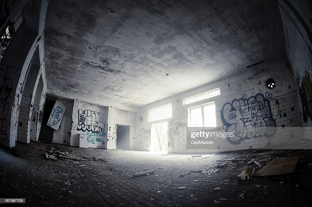 HDR of a big emtpy and dark tiled ruin room : Stock Photo