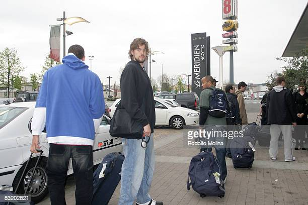 of Akasvayu Girona Marc Gasol arriving to the hotel of the ULEB Cup Final 8 will play at the Palavela on April 10 2008 in Turin Italy