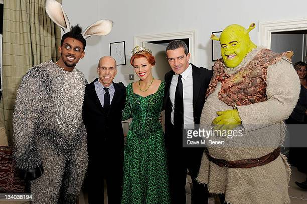 CEO of Dreamworks Animation Jeffrey and actor Antonio Banderas pose with cast members Richard Blackwood Kimberley Walsh and Nigel Lindsay of 'Shrek...