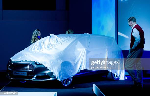 Car Talk Radio Show Stock Photos And Pictures Getty Images - Car talk radio show