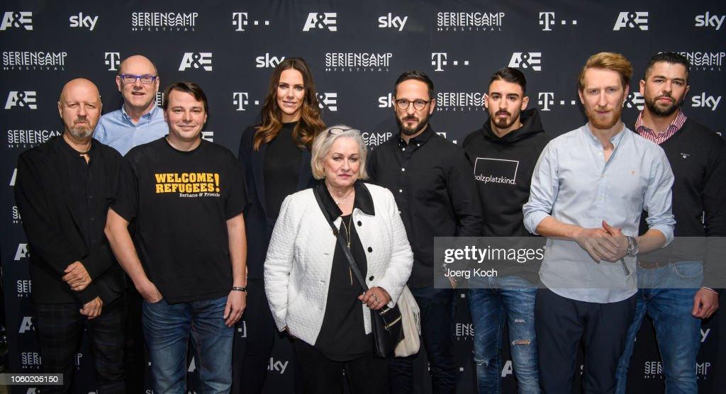 World Premiere Of A&E Documentary 'Total Control - Im Bann der Seelenfaenger' In Munich : Fotografía de noticias