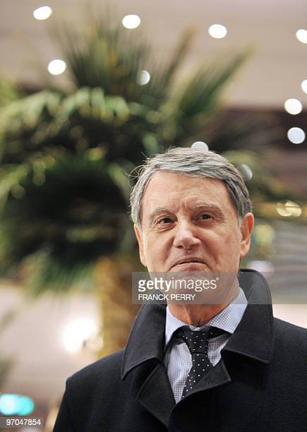 CEO of Italian MSC cruises Gianluigi Aponte answers journalists' questions on February 25 2010 at the STX Europe ship yards in SaintNazaire western...